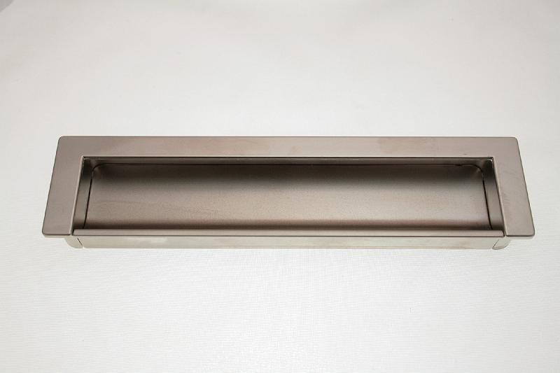 Uchwyt meblowy wpuszczany C-1755/160mm satyna