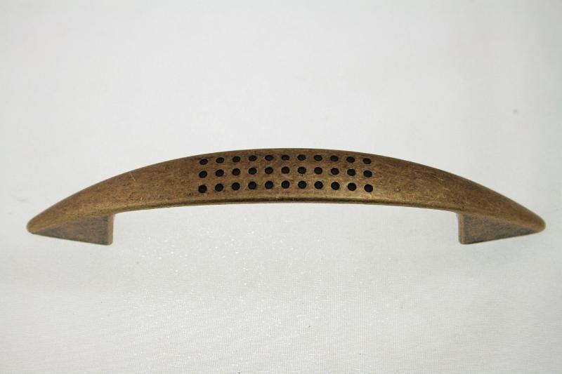 Uchwyt meblowy  C-313-G4, 96mm, stare złoto, nomet