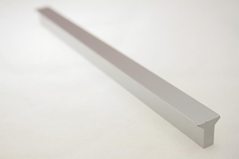 Uchwyt meblowy UA1508 A0C00, 160mm, aluminium, gamet