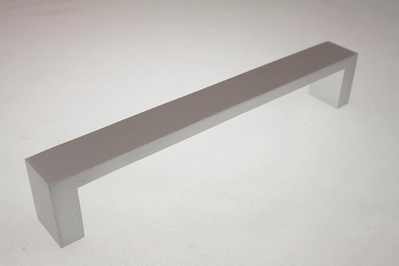 Uchwyt meblowy UC1708, 160mm, aluminium, gamet