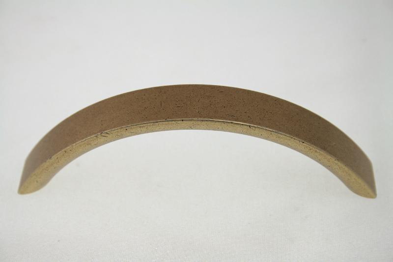 Uchwyt meblowy UG4305, 96mm, stare złoto, gamet