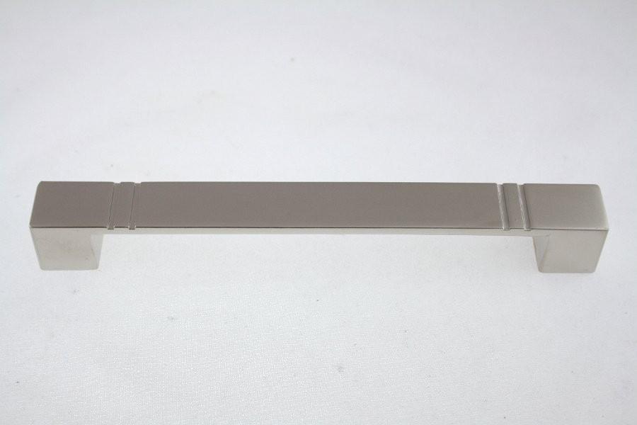 Uchwyt meblowy  UN4906, 128mm, satyna, gamet