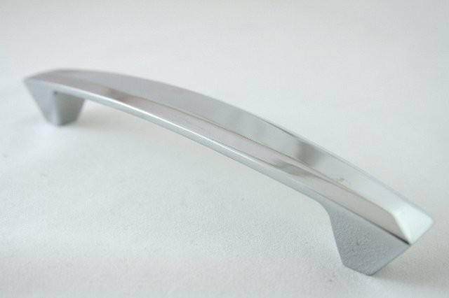 Uchwyt meblowy  UN5304, 128mm, chrom, gamet