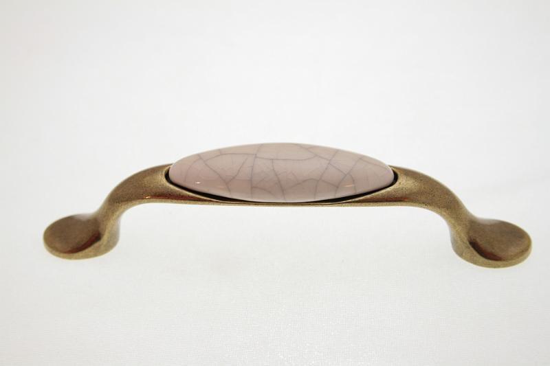 Uchwyt meblowy porcelanowy UP19-AB-MLK-4 porcelana + stare złoto, rozstaw 96mm, Gamet