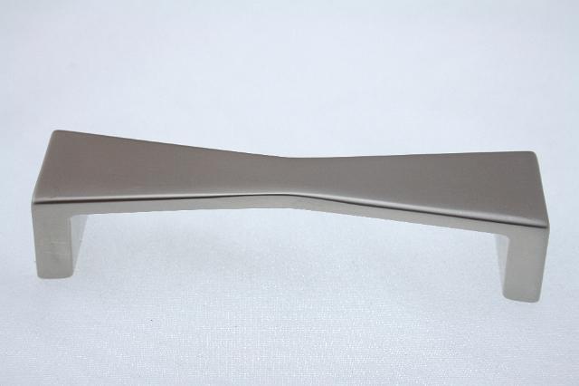 Uchwyt meblowy  UU2306, 96mm, satyna, gamet