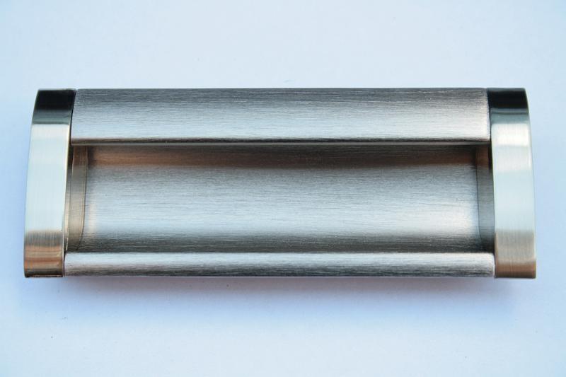 Uchwyt meblowy wpuszczany WP-B326/128mm  inox